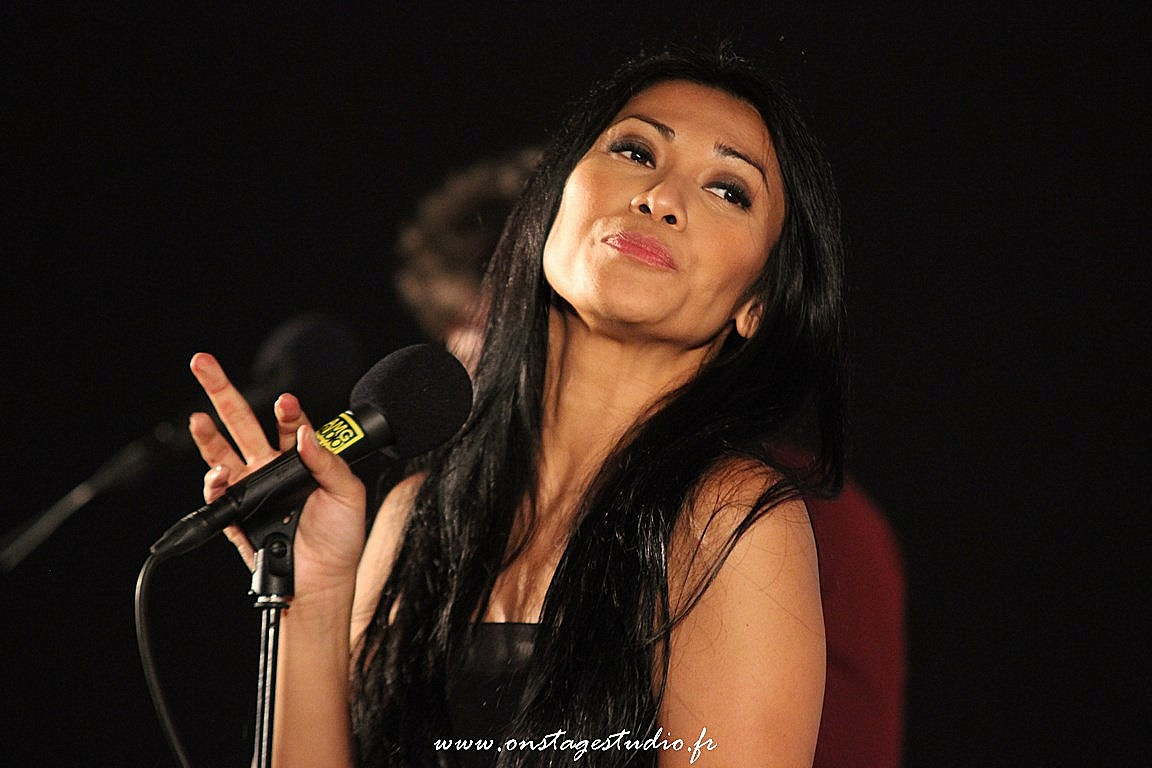 17 - Showcase Anggun